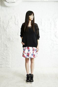 avie Neon Flower span rubber skirt