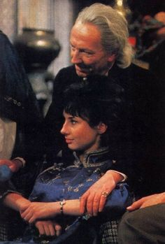 The First Doctor (William Hartnell) and his granddaughter Susan (Carole Ann Ford)... for those who wonder why the Doctor gets so oblique when asked whether he's been a father.