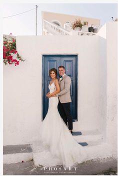 #heliotoposweddings #weddingplanner #weddingplan #weddingday #teambride #realbrides #bridesmaids #weddinginGreece #santoriniwedding #summerwedding #bridetobe #dreamplando #ido #champagne #cheers #smile #bridalhair #bridalmakeup #weddinginspiration #destinationwedding #bachelorette #pink #ring #girlsjustwannahavefun Santorini Wedding, Greece Wedding, Bridal Make Up, Bridal Hair, Summer Wedding, Wedding Day, Wedding Planner, Destination Wedding, Pink Ring