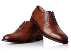 Modell No. 545 - Rahmengenähter Captoe Oxford in Cognac Derby, Gents Shoes, Trends, Gentleman, Cool Style, Oxford Shoes, Dress Shoes, Lace Up, Mens Fashion