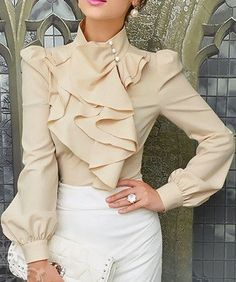 Dressy Outfit- love the blouse😱😍 Trend Fashion, Work Fashion, Womens Fashion, Unique Fashion, Style Fashion, Nail Fashion, Fashion Photo, Fashion Fashion, Fashion Ideas