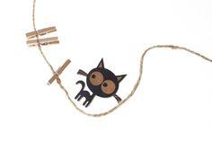 Clara Cat Wooden Badge in Black. Lasercut, handmade jewellery.