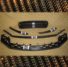 • PORSCHE 991 911 Front Bumper Diffuser Spoiler Lip Fins Grille Retaining OEM's