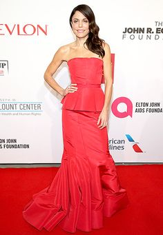 Bethenny Frankel looked fab in a red peplum gown for the Elton John AIDS Foundation's 13th Annual benefit.