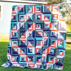 Log Cabin Quilt by Jessica Dayon | Fabric: Spooky Hollow by Melissa Mortenson for Riley Blake Designs