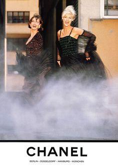 Chanel A/W 1991  Models: Linda Evangelista & Christy Turlington