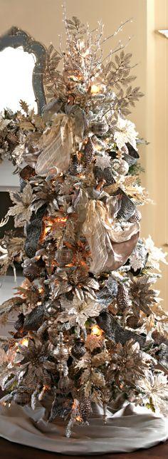 Christmas Tree ● Gold Vintage
