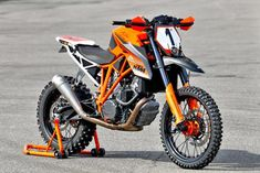KTM Super Duke R heavily modified by Jiří Heiník in preparation for the 2020 Erzberg Rodeo. A 177 hp dirt bike, anyone? Ktm Super Duke, Off Road Dirt Bikes, Ktm Dirt Bikes, Ktm Motorcycles, Custom Motorcycles, Moto Enduro, Enduro Motorcycle, Moto Bike, Ktm Supermoto