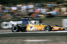 1968 Denny Hulme - McLaren M19