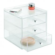 Our Clarity stackable range offers chic vertical storage solutions for your vanity top. Each module offers multiple easy pull drawers to hold everything from makeup to jewellery. 16.5cm x 18cm x 18cm