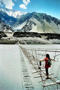 Suspension Bridge, Hunza Valley, Gilgit Baltistan, Pakistan.