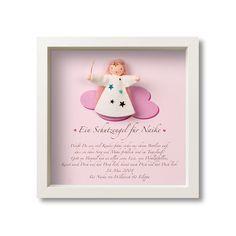 Ein schönes, sehr persönliches Geschenk zur Taufe oder Geburt. Das kleine Schutzengelchen sitzt auf einer rosaroten Wolke und darunter steht ein wundervolles Gedicht personalisiert mit den Daten und dem Namen Ihres Kindes. Lieferzeit 7-12 Werktage.