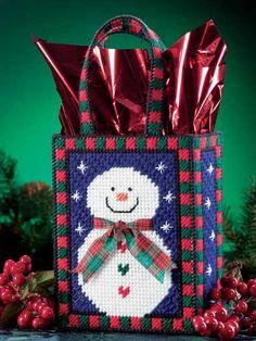 'Tis the Season Christmas Owls Plastic Canvas Christmas, Christmas Bags, Christmas Crafts, Christmas Patterns, Christmas Decorations, Christmas Items, Xmas, Christmas Ornaments, Plastic Canvas Tissue Boxes