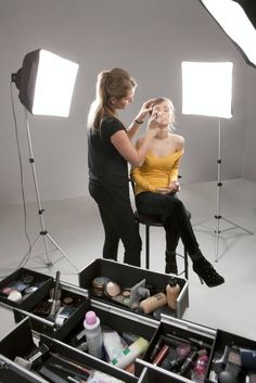 MUA's and working with clients Makeup artists business tips