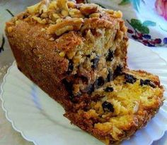 Ingredients 1 cup starter 1 cup oil 3 beaten eggs ½ cup milk 1/2 tsp. vanilla extract 2 cup flour 1 cup sugar 1 ½ tsp baking powder ½ tsp baking soda ½ tsp salt 2 tsp cinnamon 1 large package vanilla instant pudding mix nuts, optional raisins, optional dates,