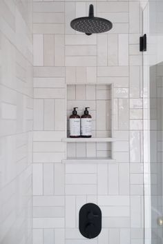 Home Interior Modern .Home Interior Modern White Subway Tile Bathroom, Modern Bathroom Tile, Bathroom Renos, Bathroom Interior Design, Home Interior, Small Bathroom, Bathroom Wall, Master Bathrooms, Remodel Bathroom