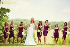 cute pose for bridesmaids