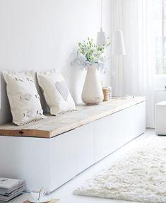 02. besta-ikea Med hjälp av några enkla plankor förvandlar du din Bestå till en sittmöbel