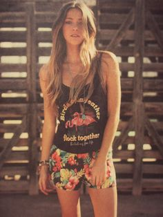 #style #looks #outfits #trend #womenswear #fashion #print #hawaii #summer #beachstyle #vintage #sand #beach #swimwear #skatestyle #surfstyle #ocean #tropical #shorts #tee
