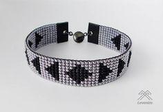 Bracelet pour homme. Bracelet en perles. Loom Bracelet Patterns, Bead Loom Bracelets, Bead Loom Patterns, Beading Patterns, Motifs Perler, Loom Beading, Pearl Bracelet, Bead Weaving, Beaded Jewelry