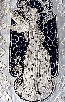 needlelace fairy, this is one of the most beautiful pieces of handmade lace I've seen.
