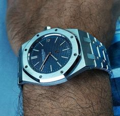 Audemars Piguet Royal Oak Extra-Thin Mens Luxury Watch @majordor.com | www.majordor.com