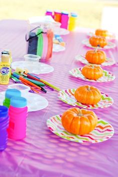 Paint a Pumpkin - great idea for a fall birthday or Halloween party! Kynlee Mae turned one and her colorful pumpkin party was great way to celebrate her first birthday. Halloween 1st Birthdays, Halloween First Birthday, Pumpkin 1st Birthdays, Halloween Class Party, Fete Halloween, Halloween Games For Kids, Halloween Candy, Kindergarten Halloween Party, Halloween Decorations