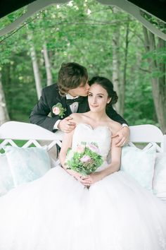 Tons of garden wedding inspiration in this shoot.   Photography: Rhythm Photography - www.rhythm-photography.com  Read More: http://www.stylemepretty.com/canada-weddings/2014/07/17/garden-wedding-inspiration-at-pathways-to-perennials/
