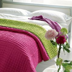 Chenevard quilt in fuchsia and lime