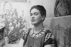 Frida Kahlo with Cropped Hair_c.1940 | Flickr - Photo Sharing!
