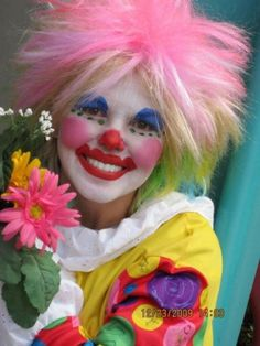 Pretty Clown - CummingFacePainter.com