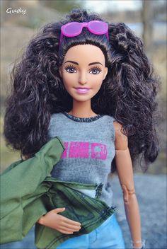 a6f39ce3359 Barbie doll Fashionistas 55 photography Barbie Negra