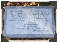 "Edith Bouvier ""Little Edie"" Beale - - Find A Grave Photos Edie Bouvier Beale, Edie Beale, Grey Gardens House, Gray Gardens, Jackie O's, Jackie Kennedy, Ruth Jones, Locust Valley, East Hampton"