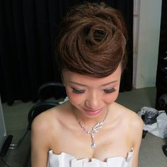 Prewedding hairdo on the lovely bride Nicole ✨ #bride #updo