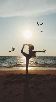 yoga inspiration yoga _ yoga poses for beginners _ yoga poses _ yoga fitness _ yoga quotes _ yoga inspiration _ yoga photography _ yoga room Yoga Meditation, Yoga Bewegungen, Yoga Pilates, Namaste Yoga, Yoga Flow, Ashtanga Yoga, Yoga Routine, Yoga Balance Quotes, Yoga Quotes