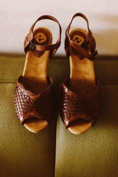 bride's wedding shoes