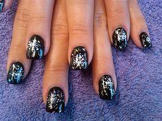 closer still black snowflake by aliciarock - Nail Art Gallery nailartgallery.nailsmag.com by Nails Magazine www.nailsmag.com
