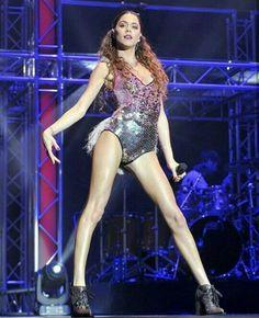 Martina Stoessel (TINI)❤ Rave, Stones, Fashion, Singers, Templates, Martina Stoessel, Raves, Moda, Rocks