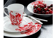 16 Piece Red and White Dinner Set