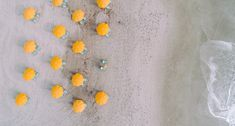 Best Free Beach Pictures on Unsplash Yellow Umbrella, Beach Umbrella, Beach Images, Beach Pictures, Infinity Art, Photo Dimensions, Bamboo Wall, Cocoa Beach, Ceramic Wall Tiles