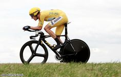 Stage Bonneval → Chartres, km - Bradley Wiggins (Sky) put an exclamation point on this year's race! Bradley Wiggins, Oregon Ducks, Giveaways, Olympics, Cycling, Stage, Join, British, Success
