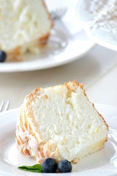 Mother Thyme: Lemon Angel Food Cake x Lemon Desserts, Lemon Recipes, Just Desserts, Sweet Recipes, Delicious Desserts, Cake Recipes, Dessert Recipes, Yummy Food, Food Cakes