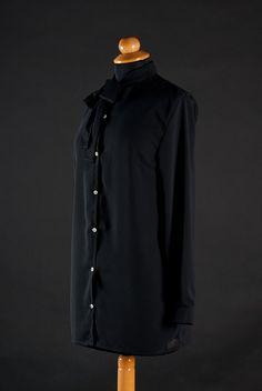 La PommeD'Eve Black Blouse. 70$