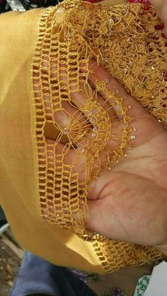 Bead Crochet, Crochet Lace, Diy Recycling, Needle Lace, Knitting Stitches, Handmade Art, Crochet Patterns, Arts And Crafts, Gold Necklace