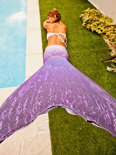 Abyss mermaid queue de sir ne rose http queue de sirene for Queue de sirene piscine