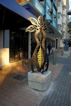 tree sculptures   juta street - johannesburg   public art