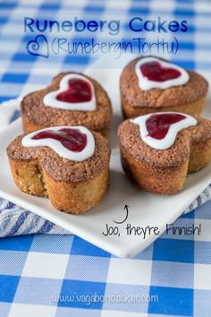 Runeberg Cakes (Runebergin Torttu) - A traditional Finnish cake that you must try: they are awesome! Lightly spiced, moist and a wee bit boozy! Sweets Recipes, Cake Recipes, Dinner Recipes, Finnish Recipes, Little Cakes, Small Cake, Food Hacks, Sweet Tooth, Sweet Treats
