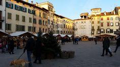auch in Udine wird sich eifrig auf das Christkind vorbereitet :-)