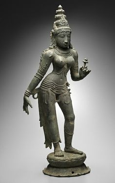 The Cultural Heritage of India: Replicas of Chola Bronze Statues : Timeless Artistic Treasures of Tamil Nadu, India Bronze Sculpture, Sculpture Art, Chola Dynasty, Tantra Art, Statues, Asian Sculptures, Love Statue, Indian Goddess, Indian Temple