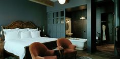 Soho House, NYC. Ohhhh that paint color is brilliant. Looks so pretty with the oak finish.